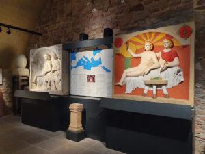 im Inneren des Museums, Gewölbekeller und Schautafeln